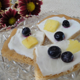 A Healthy (and Tasty!) Version of Fruit Pizza.