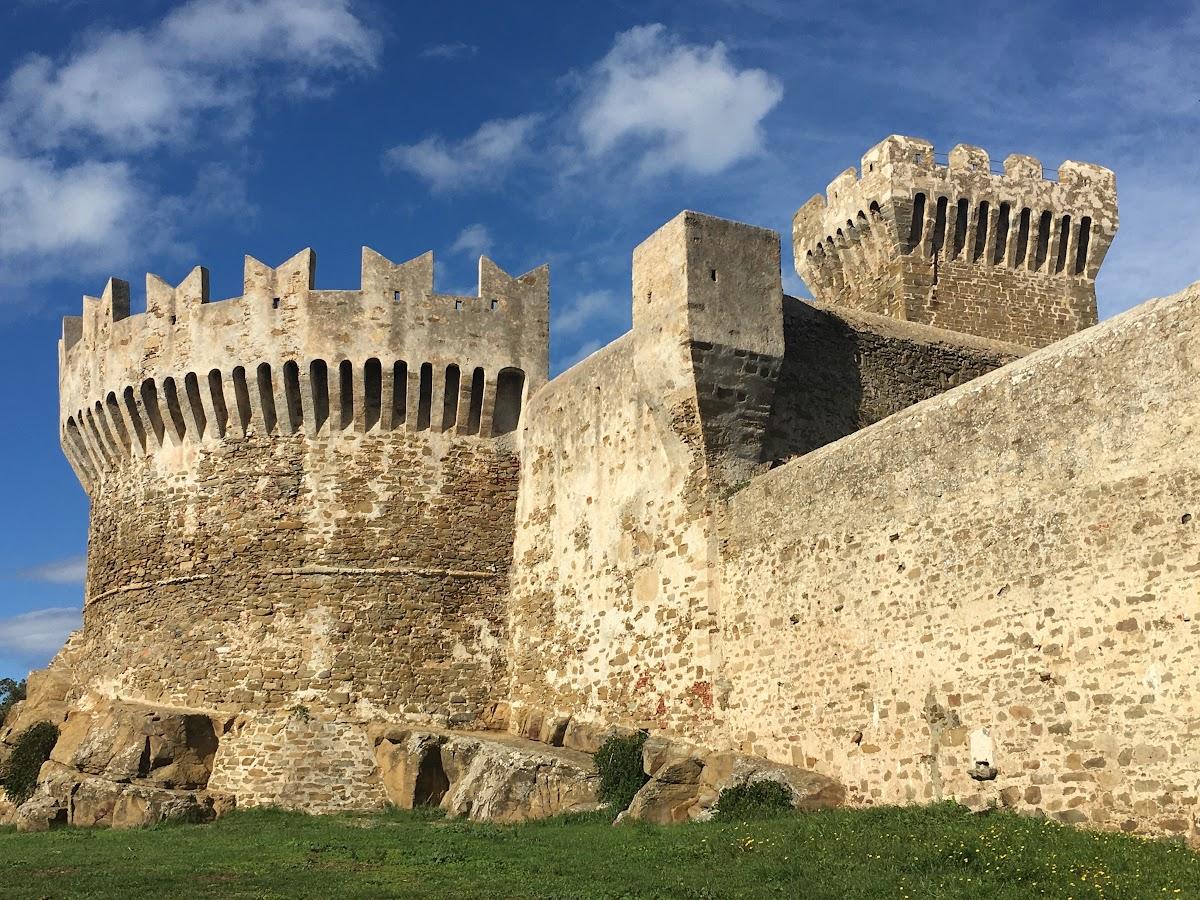 Castello di Populonia, Costa degli Etruschi, Toscana