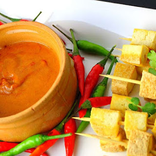 Tofu Skewers with Thai Peanut Saute Sauce.