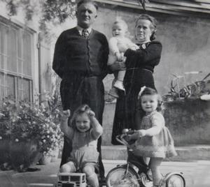 Le fondateur du domaine, Raoul Couston en famille