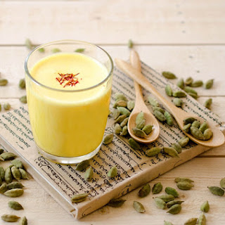 Indian Classics - Kesar Badam Milk (Indian Almond Milk With Saffron).