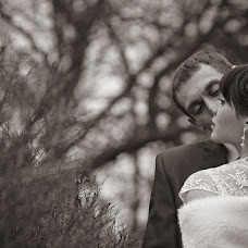 Wedding photographer Lyudmila Plotnikova (plot-NIK-ova). Photo of 01.10.2013