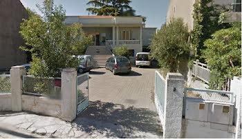 locaux professionnels à Arles (13)