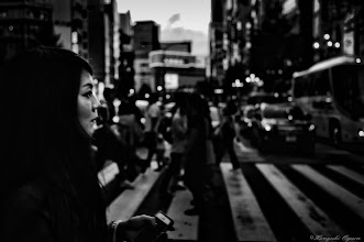 Photo: 喧騒へ立ち向う Brave to the hustle and bustle  Tokyo Street Shooting  Location; #Shinjuku , #Tokyo , #Japan   #photo #photography #streetphotography #streettogs  #leica #leicaimages #leicammonochrom #leicamonochrom #leicamonochrome