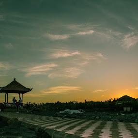 The Sunset Piramid by Putu Anggara - Landscapes Sunsets & Sunrises ( bali, lebihbeach, sunset, gianyar, beach )