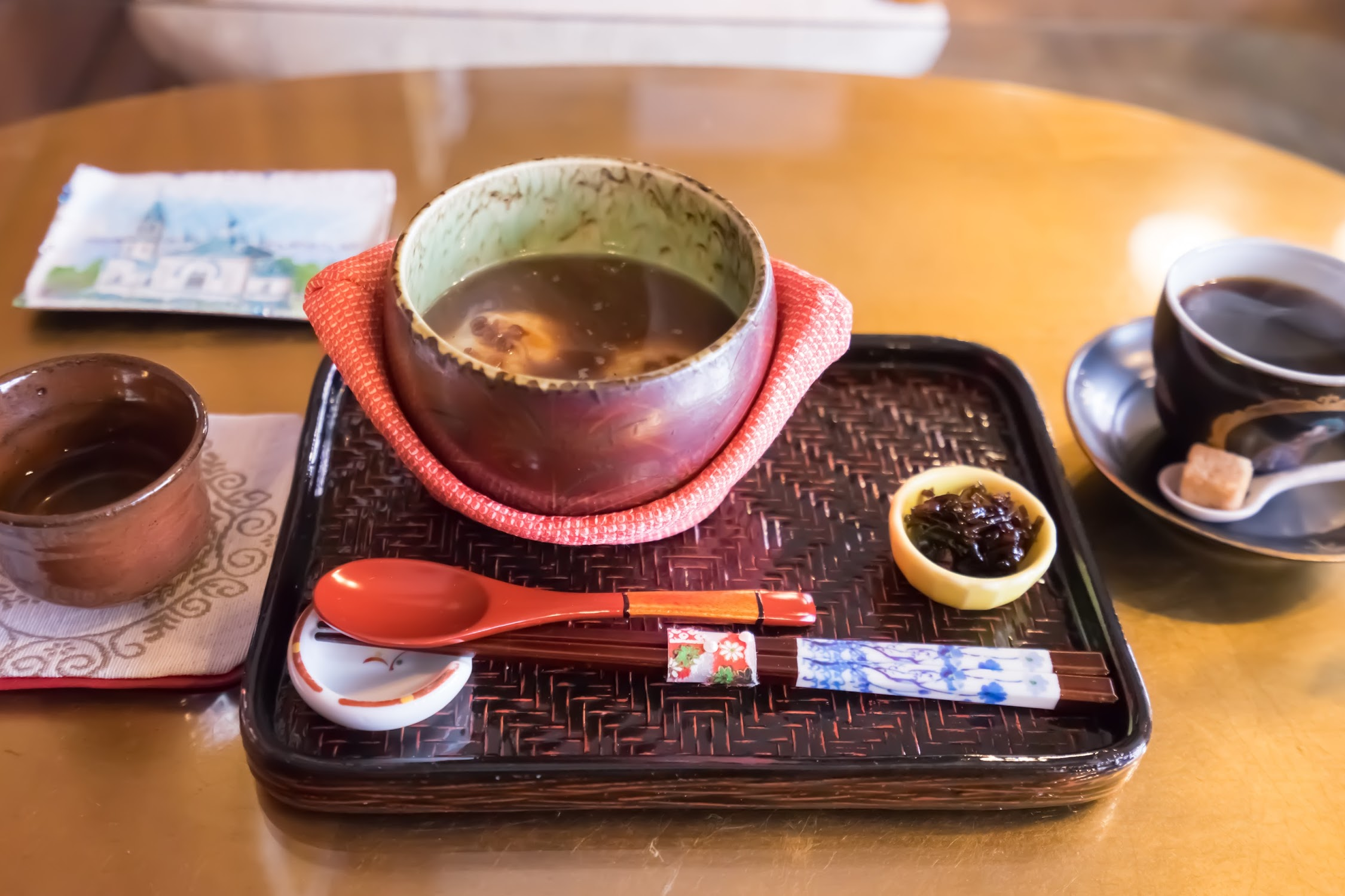 Hakodate Tea Room Kyu-Chaya-Tei oshiruko (sweet red-bean soup)