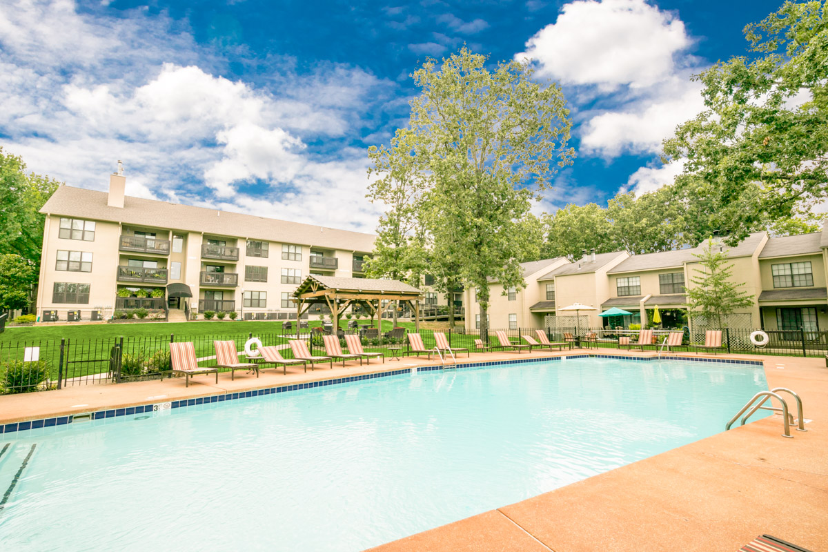 Forest place apartments in little rock arkansas maxus for 3 bedroom apartments in little rock ar