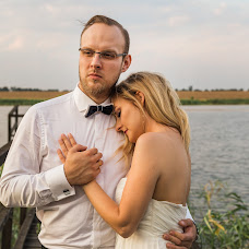 Wedding photographer Miłosz Rawski (timeforlove). Photo of 30.01.2018