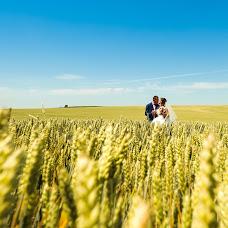 Wedding photographer Nikolay Vydra (NikolaV). Photo of 15.07.2015