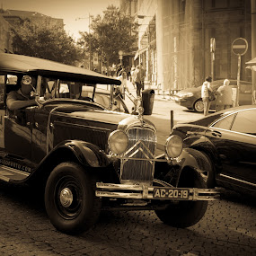 old car by Janete Ribeiro - Transportation Automobiles ( old car, black and white, street, citroen, city )