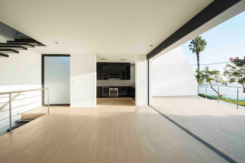 Casa Vertical - Juan Carlos Doblado