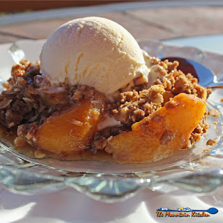 David's Cinnamon Peach Crisp With Fresh Peaches