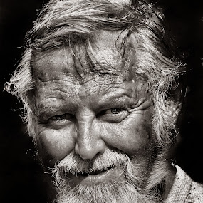 by Olaf Pohling - People Portraits of Men ( senior citizen )