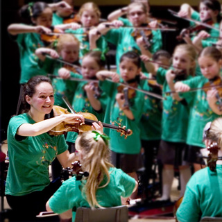 Liverpool Philharmonic Orchestra in clinic with young musicians