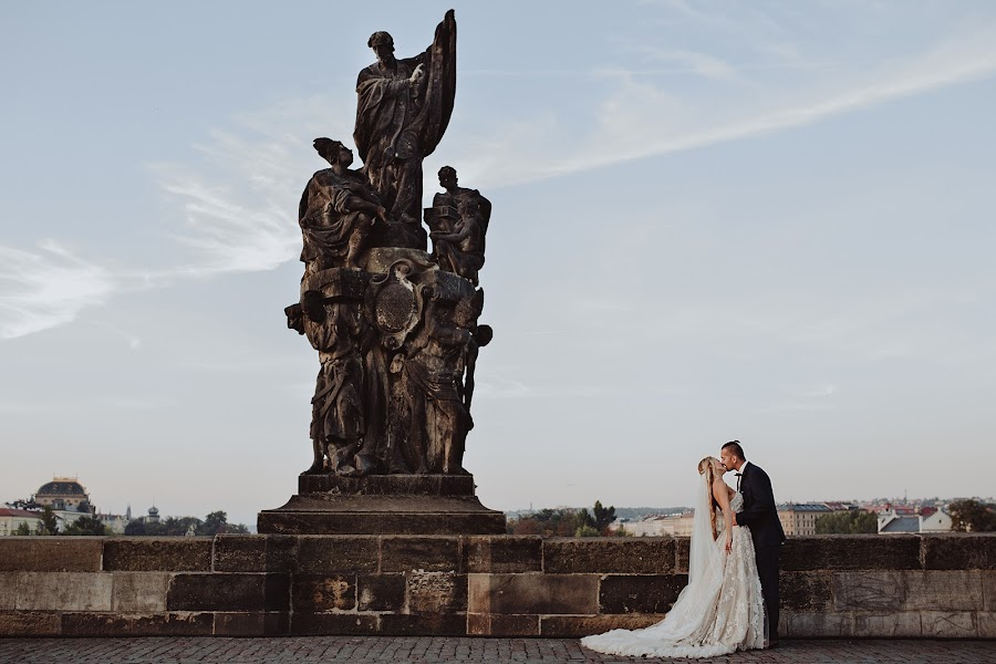 Fotograf ślubny Agnieszka Gofron (agnieszkagofron). Zdjęcie z 18.04.2019
