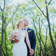 Wedding photographer Vika Burimova (solntsevnutri). Photo of 13.10.2014