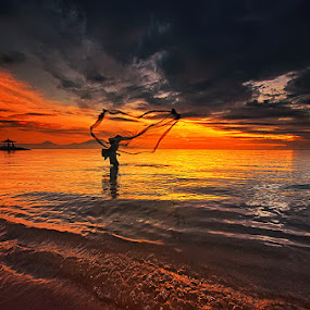 Morning Sanur by Hendri Suhandi - Landscapes Sunsets & Sunrises ( bali, sanur, beach, sunrise )
