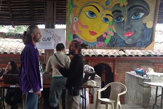 Photo: encuentro de Holger con Grifen Hope de la Ecoescuela El Manzano (Chile)