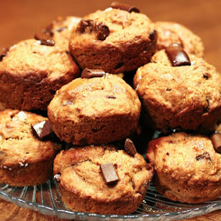 Whole Wheat Chocolate Chip Banana Bread Muffins