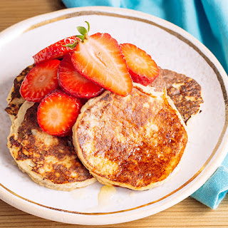 Simple Paleo Banana Pancakes.