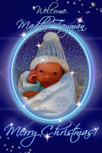 Photo: CHRISTMAS NEWBORN