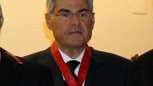 Federico Soria con la Medalla al Mérito en el Servicio a la Abogacía en 2013