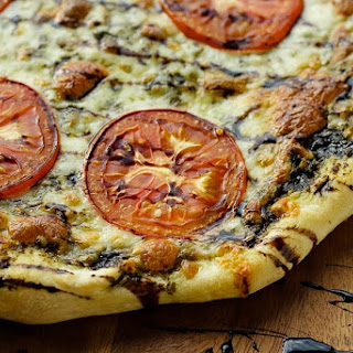 Caprese Pizza.