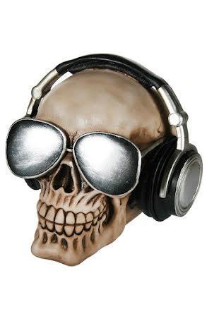 Sparbössa, dödskalle med hörlurar