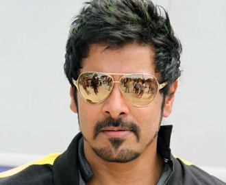 vikram-hot-tamil-actor