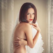 Wedding photographer Ekaterina Lanina-Kostornova (RiderStudio). Photo of 05.05.2014
