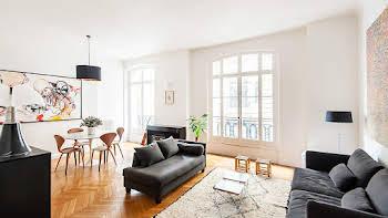 Appartement meublé 5 pièces 115,98 m2