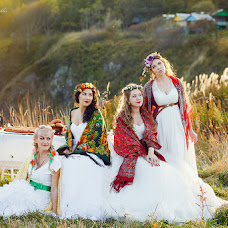 Wedding photographer Ekaterina Dulova (Avanturinka). Photo of 06.10.2014