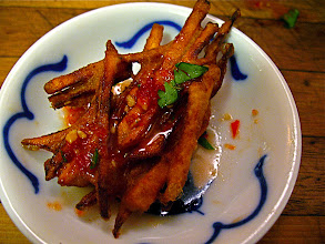 Photo: spicy crisp-fried pumpkin fritter with sweet-and-sour sauce