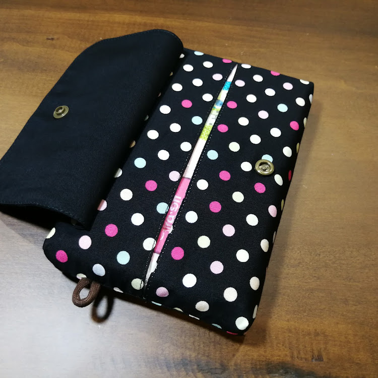 TISSUE POUCH with COVER by Migoe Handmade