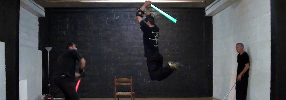 Répétition du show Star Wars theme : SW Destructuration. Création : Alexis DIENNA, régleur cascades. Escrime Cascade : https://www.escrimecascade.com/