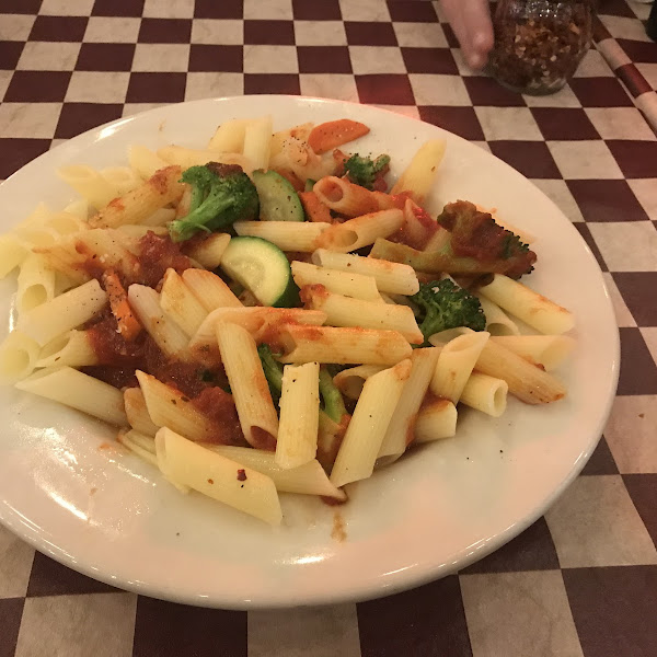 Fantastic GF pasta with marinara and veggies!