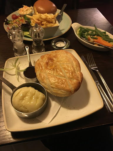 Alvescot Pub Food