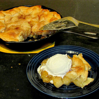 Di's Skillet Apple Pie