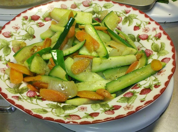 Zucchini, Carrot And Onion Stirfry Recipe
