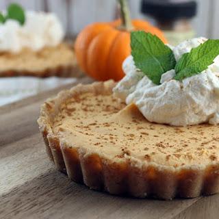 Keto No Bake Pumpkin Pie Cheesecake.