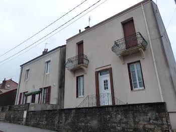 Maison 8 pièces 118 m2