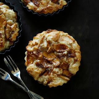 Omenakakku - Mini Finnish Apple Cakes