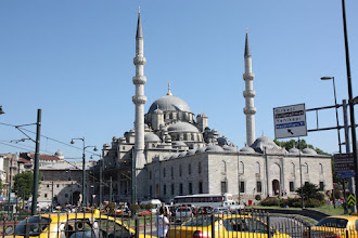 Photo: Day 104 - Yeni Camii (New Mosque)