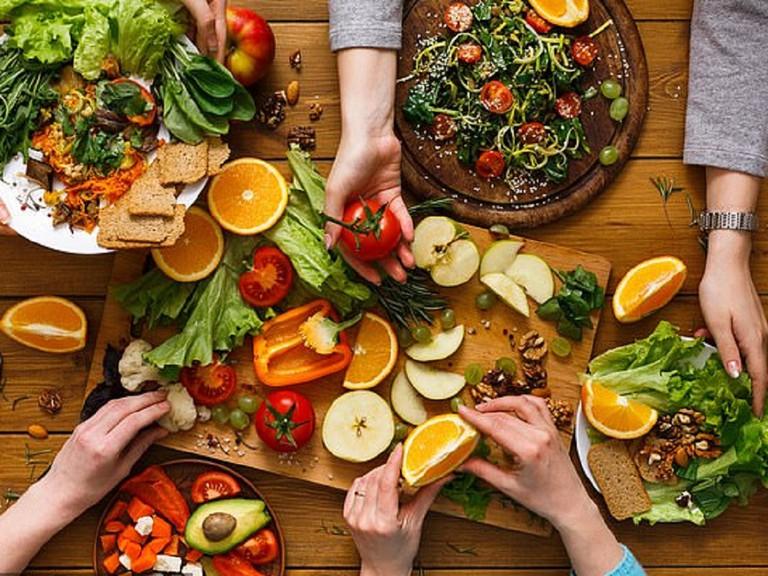Chế độ ăn uống lành mạnh góp phần phòng ngừa viêm màng não