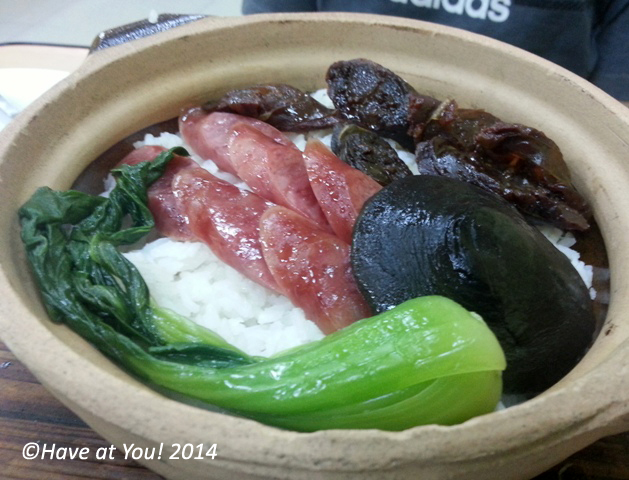 2 kinds of sausage on claypot rice
