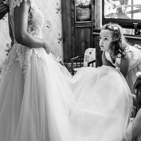 Wedding photographer Denisa-Elena Sirb (denisa). Photo of 23.11.2017