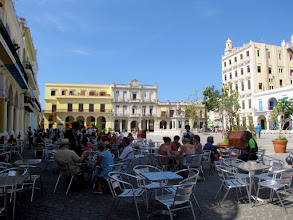 Photo: Havana - Plaza Vieja