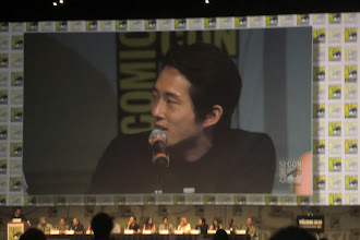 Photo: Friday - The Walking Dead panel; star Steven Yeun