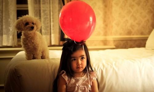 6.Give eye popping balloons.jpg