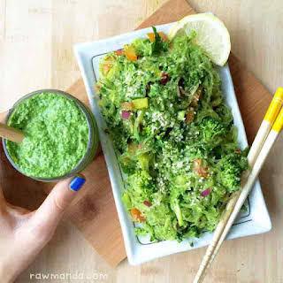 Kelp Noodles + Garlic Kale Pesto.